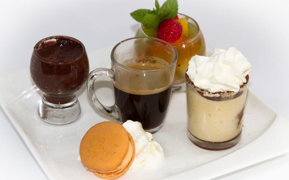 Café gourmand, très gourmand